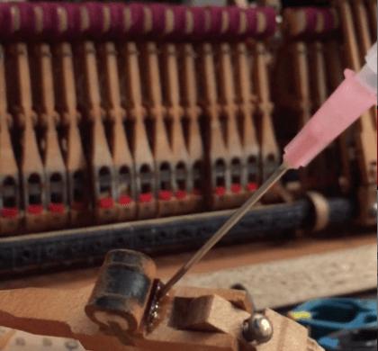 Byte av hammarrullar på Steinway & Sons model S